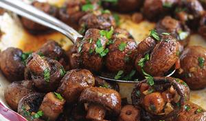 Champignons rôtis au four vinaigre balsamique et ail