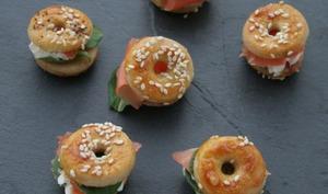 Mini bagels au saumon fumé