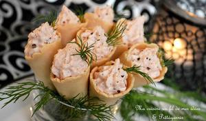 Minis cônes à la mousse de saumon fumé