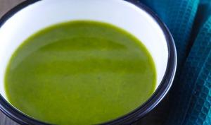 Soupe de cresson et poireaux à la cardamome et curcuma