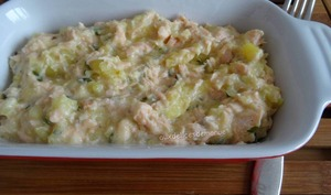 Ecrasé de pommes de terre au saumon, crème et Cantal