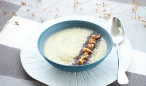 Soupe céleri-rave au miel et aux noix