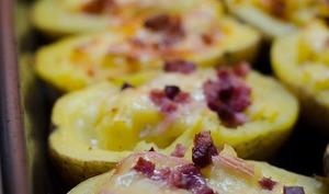 Pommes de terre farcies aux lardons et au Munster