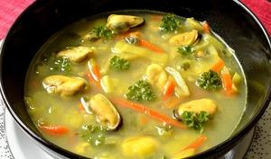 Soupe aux moules et petits légumes