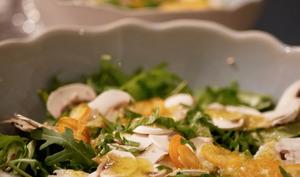 Salade de jeunes pousses kumquat et champignons de Paris