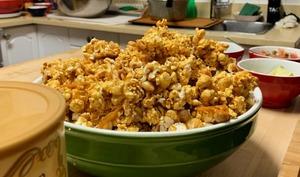 Popcorn caramélisé aux arachides