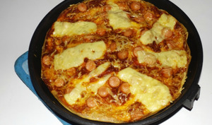 Pizza omelette aux Knacki