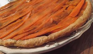 Tarte tatin de carottes & oignons caramélisés