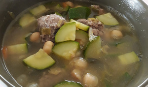 Soupe bœuf, courgette & pois chiches…
