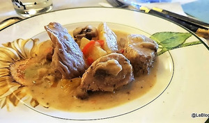 Filet mignon de porc au curry vert thaï