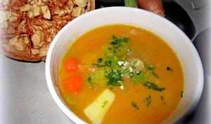 Soupe au chou et légumes variés à la poudre de baobab