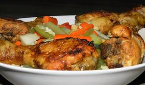 Couscous aux pilons de poulet épicés et légumes