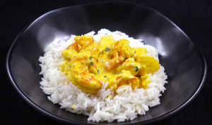 Scampis au curry et à l'ananas