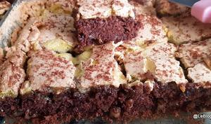 Gâteau meringué aux noix et chocolat