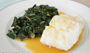 Dos de cabillaud, sauce aux clémentines et feuilles de blettes