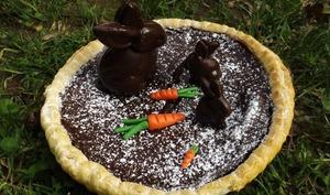 Tarte au chocolat de Pâques et ses lapins en chocolat