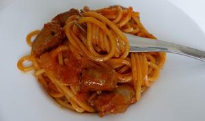 spaghetti aux chipolatas