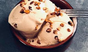 Crème glacée à l'amande