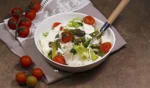 Pétales de cabillaud asperges vertes et sauce fromage blanc