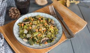 Poêlée de pois cassés et poireaux au miso
