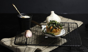Muffins au lard et pointes d'asperges à l'ail