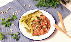 Orzotto à la tomate et poireaux rôtis