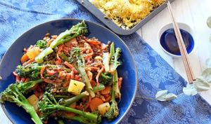 Brocolis à l'aigre douce et riz de chou fleur