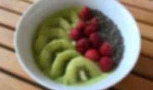 Smoothie bowl- épinards, kiwi, banane