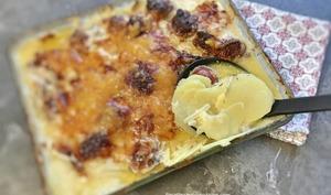Gratin franc-comtois pommes de terre saucisse de Montbéliard
