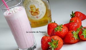 Boisson aux fraises et sirop de gingembre