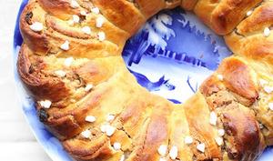 Couronne briochée à la pâte d'amandes