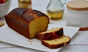 Cake au citron, miel et huile d'olive