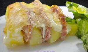 Gratin de pommes de terre à la saucisse de Morteau et à la raclette