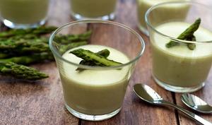 Panna cotta aux asperges vertes