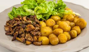 Pomme de terre bonnotte de Noirmoutier aux cèpes