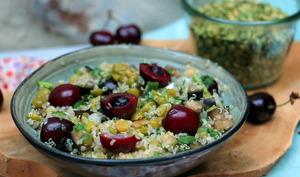Salade de pois cassés et quinoa aux cerises