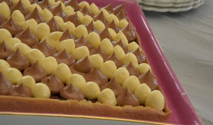 Tarte passion, chocolat caramel