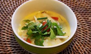 Soupe coco poulet citronnelle thaïlandaise