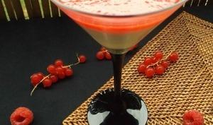 Panna cotta au nectar d'abricot et coulis de framboises