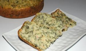 Gâteau à la ricotta, feuilles de blettes et saumon