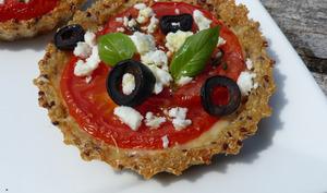 Tartelettes à la tomate en croûte de quinoa