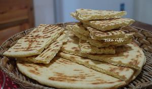 Rakhssis au fromage frais maison