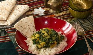 Aloo pack, curry de pommes de terre aux épinards