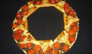 Tarte couronne à la tapenade et aux tomates cerises