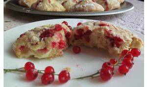 Biscuits craquelés aux groseilles - sucreetepices.over-blog.com