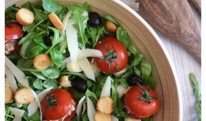 Salade de tomates farcies au thon