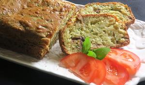 Cake aux courgettes et aux anchois