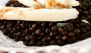 Lentilles beluga, sèche et balsamique de pomme