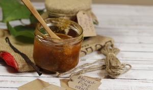 Confiture à l'abricot figue et vanille