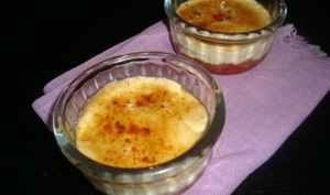 Mini cheesecakes aux fraises façon crème brûlée